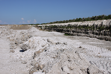 Image of A quarry operation in southern Florida.
